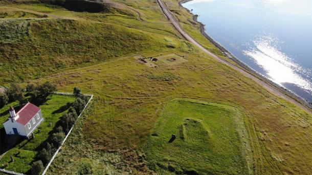 The archaeological site at Arnarfjörður was identified in 2017 with the discovery of an ash pile. In the summer of 2020, archaeologists excavated the 10th century farming settlement. (Margrét Hallmundsdóttir / RUV)