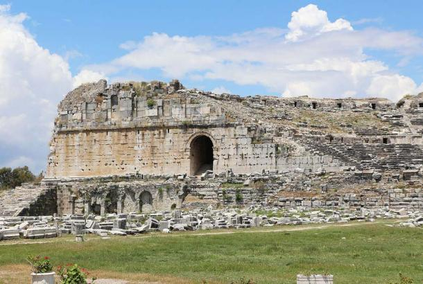Left entrance of the ancient theatre in Miletus, Turkey (rebuilt on a Grek site by the Roman emperor Trajan) another testament of Roman presence in Anatolia and what they left behind. (Bernard Gagnon / CC BY-SA 3.0)