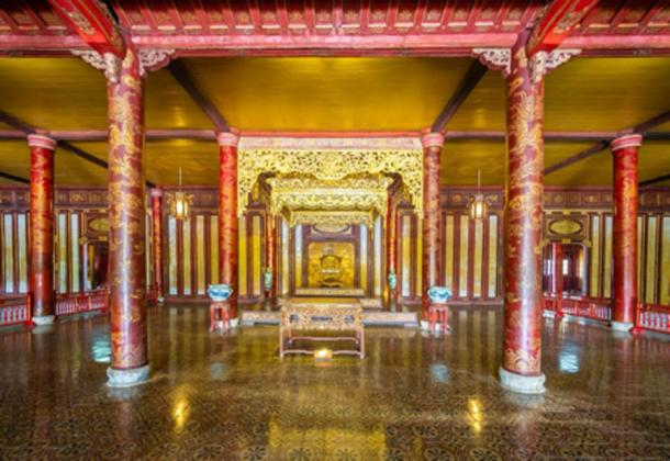 Throne room in Hall of Supreme Harmony, Imperial City of Hue (Balate Dorin/ Adobe Stock)