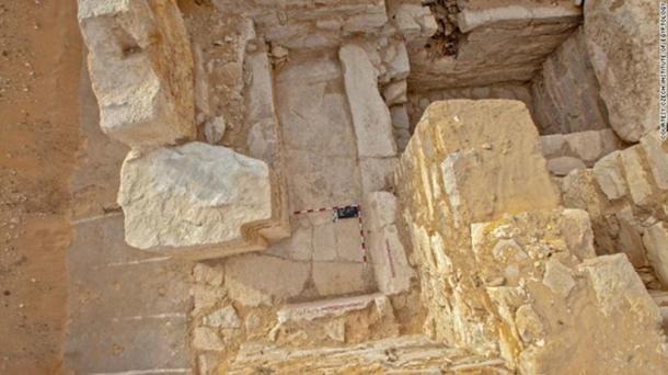A view from above of the chapel of the tomb of Khentkaus III.
