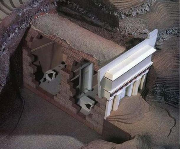 A model of the tomb of Philip II.