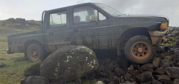 The truck entered the protected area and plowed into an ahu, which included a moai statue. (Image: Comunidad Indígena Ma'u Henua)