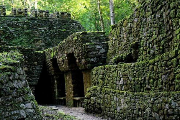 A view of the tunnel openings on the lower level of the Labyrinth of Yaxchilan. This section of the tunnels was left exposed when the roof collapsed, possibly under the weight of the structures above.(Photo: ©Marco M. Vigato)