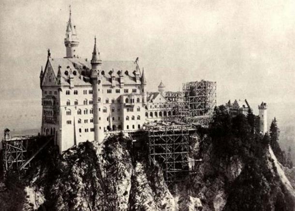 Neuschwanstein under construction. (Photograph c. 1882–85)