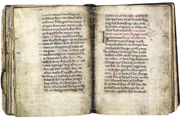 The oldest known vernacular manuscript (c. 1250) in Scanian/Danish with the Scanian Law and the Scanian Ecclesiastical Law.