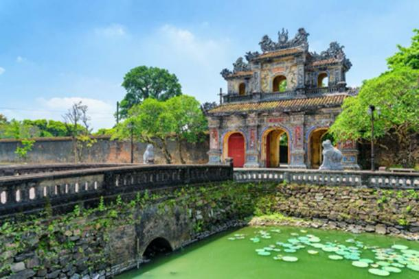 View of the East Gate (Hien Nhon Gate), Hue (efired/ Adobe Stock)
