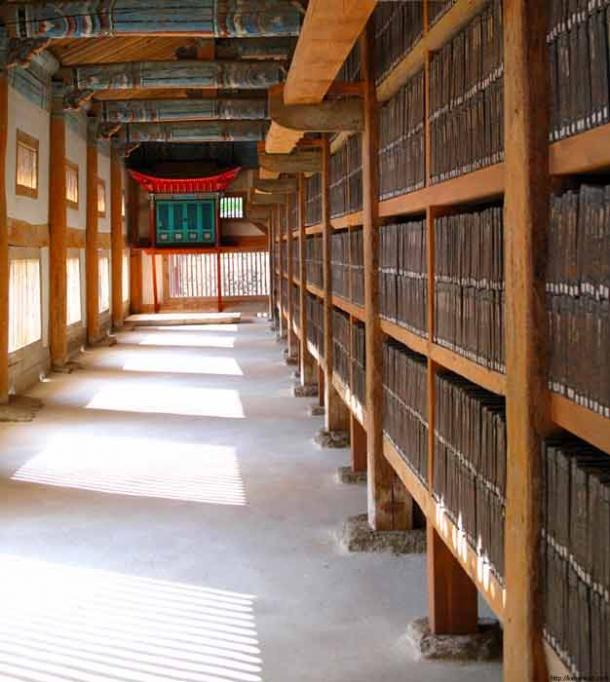 He volumes of Tripitaka Koreana, Haeinsa, South Korea. (Ken Eckert, CC BY-SA 4.0)