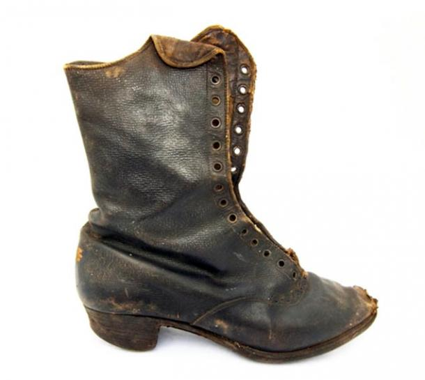 Young woman's boot, from Woodbury, north of Oatlands, Tasmania Ian Evans
