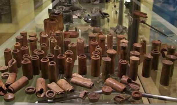 The wooden drug vials found on the Relitto del Pozzino shipwreck