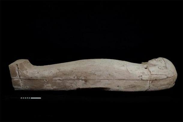 The young woman's coffin held her mummified remains and her bridal trousseau. (CSIC)