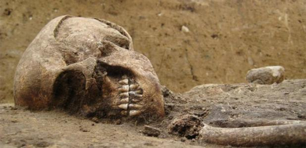 DNA analysis will be conducted on the remains of the woman who lived during the Neolithic period. Source: Twitter/ Robert Ide