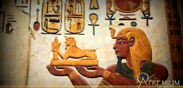 A painted relief shows Ramesses III making offerings to the gods in the sanctuary of the temple of Khonsu at Karnak. Design by Anand Balaji.