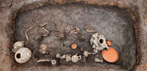 "Roman Baby Burial Challenges ""Unceremonious Disposal"" Dogma"