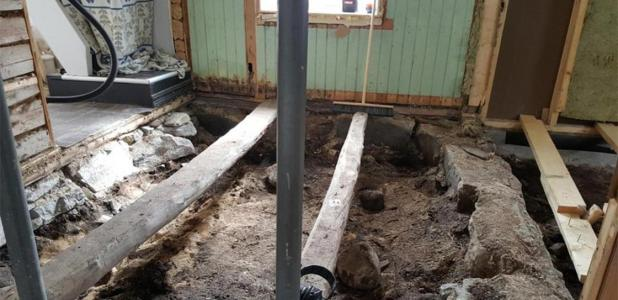 When the couple removed the floor, they discovered a Viking grave. Source: Nordland County.