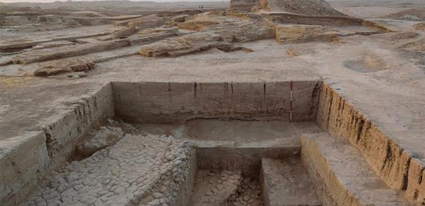 Ritual site - cultic platform found under the war god's temple. Source: British Museum.