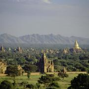 Temples in Bagan. (CC BY-SA 2.0)