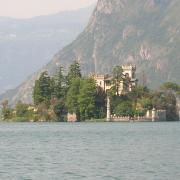 Loreto Isle, Iseo Lake, Italy(CC BY-SA 3.0)