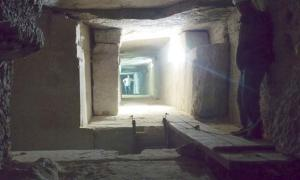 Chamber in the Tomb of Senwosret III. The tomb features sloping passages between chambers.