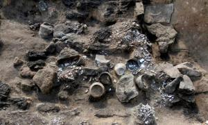 A crypt with up to 30 burials discovered in Siberia