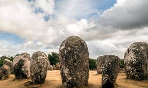 Almendres cromlech megaliths. Evora, Portugal.