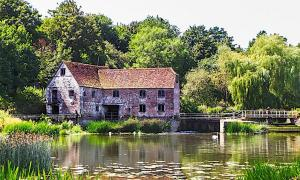 Ancient Mill Back in Action to Meet Coronavirus Demand