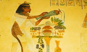 Ancient Egyptian preparing food.