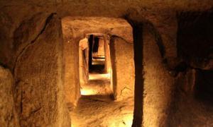 One of Nushabad's passageways.