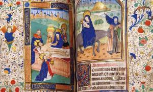 Ultraviolet Light Reveals Secret Keepers of Anne Boleyn's Prayer Book