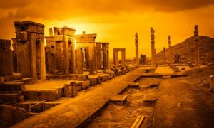 Ruins of ancient Persepolis, Iran, with the columns of the Apadana Hall on the right. Source: pawopa3336 / Adobe Stock.