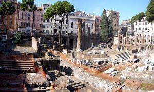 Area Sacra di Largo Argentina in Rome