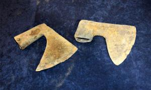 Battle axes from the Battle of Grunwald have been discovered during a sweep by volunteer metal detectorists in Poland. Source: Zwiadowca Historii