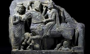 Extraordinary Buddhist Sculptures Unearthed in the Ruins of an Ancient City in Pakistan