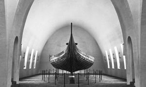 The clinker-built Gokstad ship dating back to the year 890 AD is currently on display at the Viking Ship Museum in Oslo, Norway. (Image: Museum of Cultural History, Oslo, 1938)