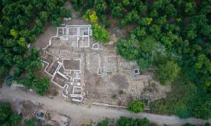 Overhead view of the Canaanite palace excavations in Tel Kabri, Israel. Source: Timothy Pierce