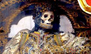 Catacomb Saint - Saint Gratian. Source: Xenophon / CC BY-SA 4.0.