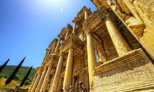 The Celsus Library: 20,000 Scrolls Lost to History but Its Striking Architecture Remains