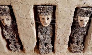At Chan Chan statues thought to be marking tombs have been found.