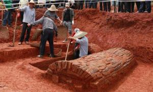 Photo taken on May 17, 2020 shows the excavation site of the ancient Chinese couple's tomb dating back to the Northern Song Dynasty (960-1127) in Nanfentang Village, Batang Township, Ningxiang City, central China's Hunan Province.            Source: Xinhua / Liu Jing