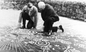 The Cochno Stone bears what is considered to be the finest example of Bronze Age 'cup and ring' carvings in Europe.