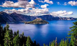 Crater Lake National Park: Puzzling Myths and Missing Persons