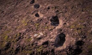 Devil footprints' on the Ciampate del Diavolo.          Source: Edmondo Gnerre / CC BY 2.0