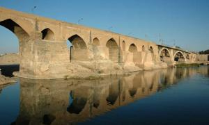 Dezful Bridge: The Oldest Usable Bridge in The World Was Built by 70,000 Roman Prisoners