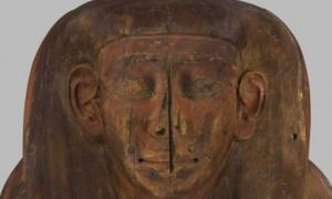 This ancient Egyptian coffin was not empty.