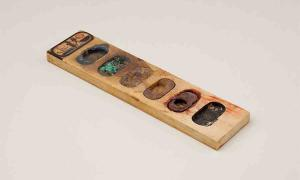 Ancient Egyptian Painter Left Behind His Palette and The Paint Has Survived!