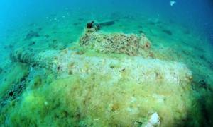 Three 16th Century English Cannons and the Remains of a Galley Discovered During Cleanup on a Spanish Beach
