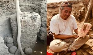 A Pachacamac mummy/ Peter Eeckhout with burial face mask.