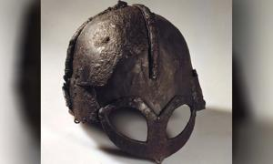 This iron helmet is the only one that is found in Scandinavia dating back to the Viking Age. Why are not more found? (Photo: Museum of Cultural History, Oslo)