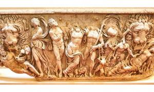 A Roman sarcophagus that was once used as a garden ornament is now restored and displayed in Blenheim Palace.