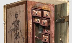Herbs to Kill or Heal? Was this 17th Century Faux-Book for a Poisoner or Apothecary?