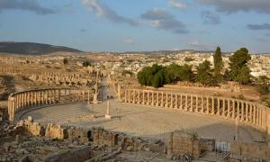 The Oval Forum and Cardo Maximus in ancient Jerash